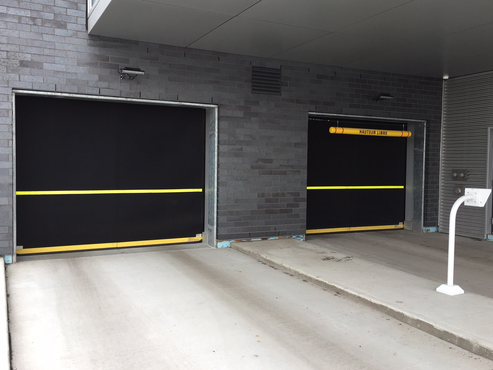 The leader in Industrial & Commercial Garage Doors